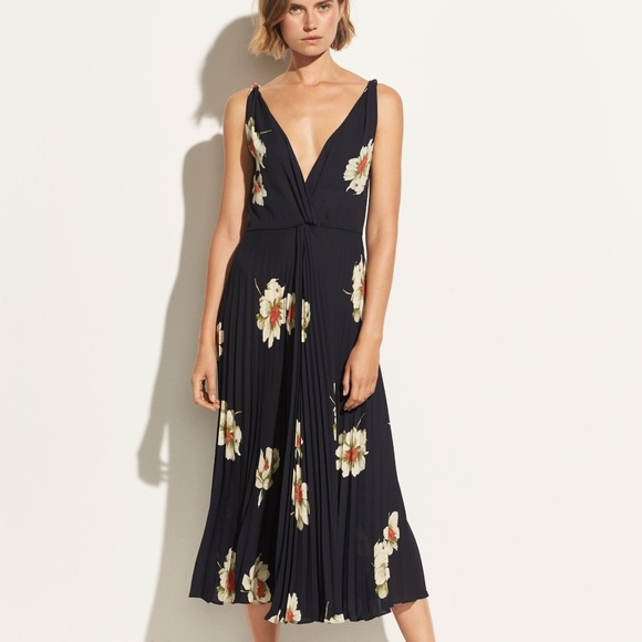 5adc4f05d Vince | Gardenia Floral Pleated Twist Front Dress.  M_5b8348e3619745564b8f92d3